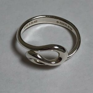 Tiffany and Co- Swirl Ring, size 6